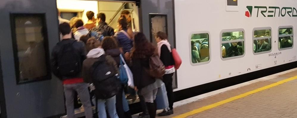 Grumello, guasto al passaggio a livello È caos sulla Bergamo-Brescia