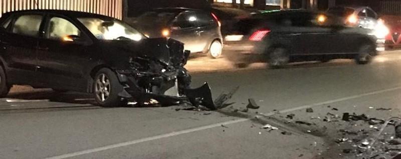 Botto sulla provinciale a Clusone Frontale fra due auto, un ferito -Foto