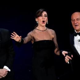 «Hanno vinto le speranze dei giovani»  Sanremo, ultimo atto tra lacrime e omaggi