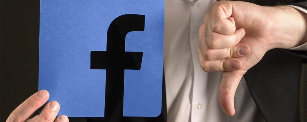Facebook e Instagram down Problemi con i due social network