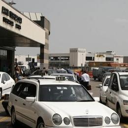 Tassisti sul piede di guerra in Lombardia Servizio negli aeroporti, ricorso al Tar