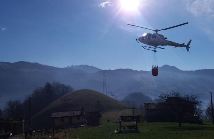 Gli elicotteri in azione