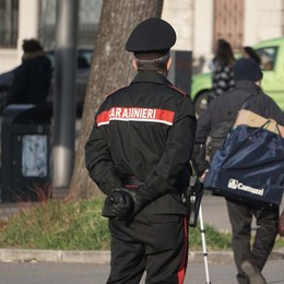 Carabinieri a piedi bloccano pregiudicato Doveva scontare 3 anni di carcere