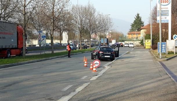 Carabinieri posti di blocco nel weekend Controllati 180 veicoli e 250 persone
