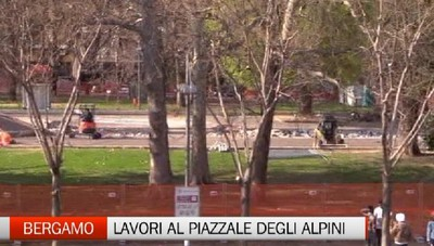 Piazzale degli Alpini di Bergamo: lavori in corso con qualche polemica