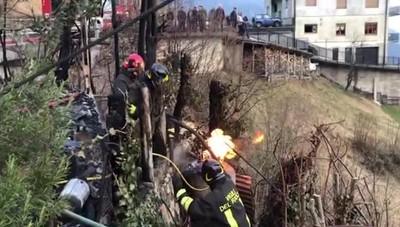 Incendio a Gerosa, fiamme alte 15 metri