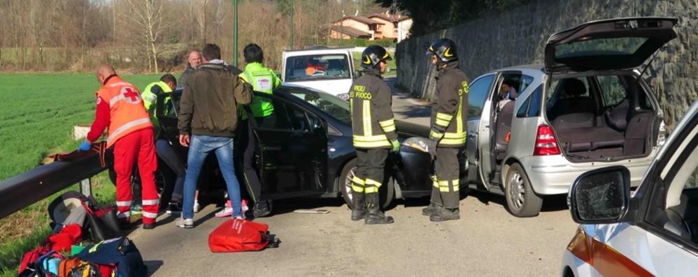 Mapello, schianto tra due auto Ferite mamma e figlia 14enne