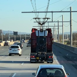 Autostrada elettrica sempre più vicina? Brebemi in  Germania per «spiarla»