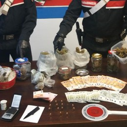 Zogno, fermano in strada spacciatore A casa scovati 15 proiettili «illegali»