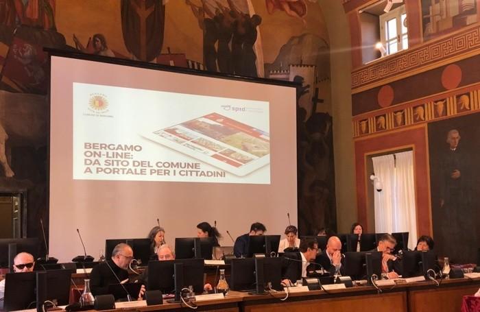 La presentazione a Palazzo Frizzoni del nuovo sito del Comune di Bergamo