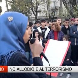 Fiaccolata di solidarietà contro razzismo e terrorismo