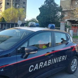 Zingonia, il blitz dei carabinieri (video) Abbattimento torri, ruspe già sul posto