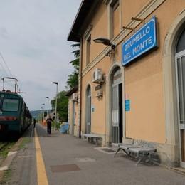 Pendolari, un'altra giornata di fuoco Guasto a Grumello, treni in tilt