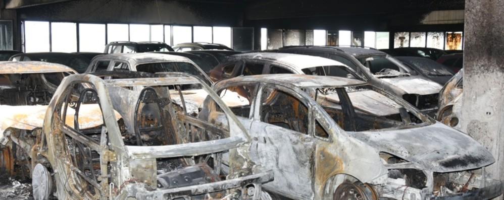 Orio, bruciarono i parking «rivali» Due patteggiamenti e una condanna
