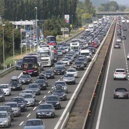 Trasporti e sicurezza, i nuovi obblighi  Dal 2022 scatola nera su auto e camion