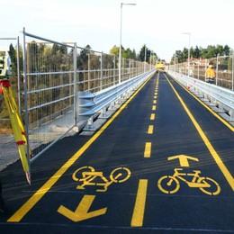 Ponte di Paderno, apre la ciclo-pedonale Prima di Pasqua via alla navetta