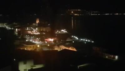 Le fiamme al porto di Predore