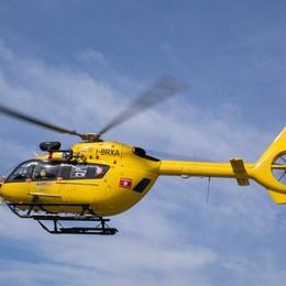 Incidente sulla statale 42, lunghe code Auto si ribalta, arriva l'elicottero