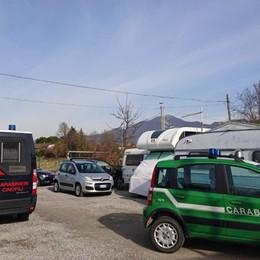 Controlli nei campi rom della Bergamasca Trovato un caravan rubato in Danimarca