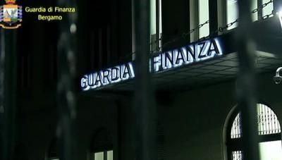 Guardia di Finanza controlli antidroga a Orio, scoperti corrieri con ovuli ingeriti