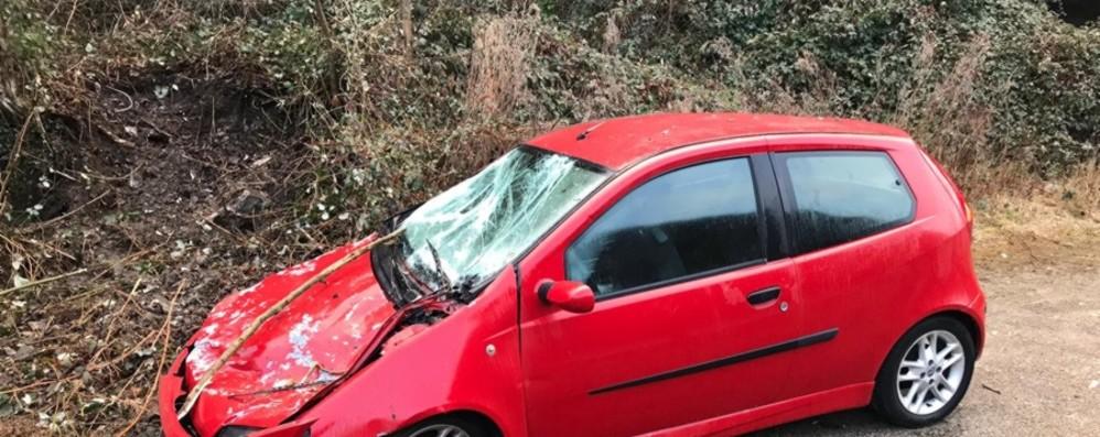 «La nostra auto schiacciata dalle rocce Che rischio, poteva essere una tragedia»