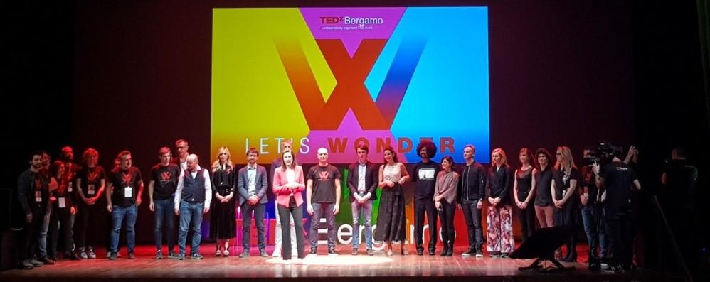 La meraviglia di TedxBergamo Tutto esaurito al Teatro Sociale