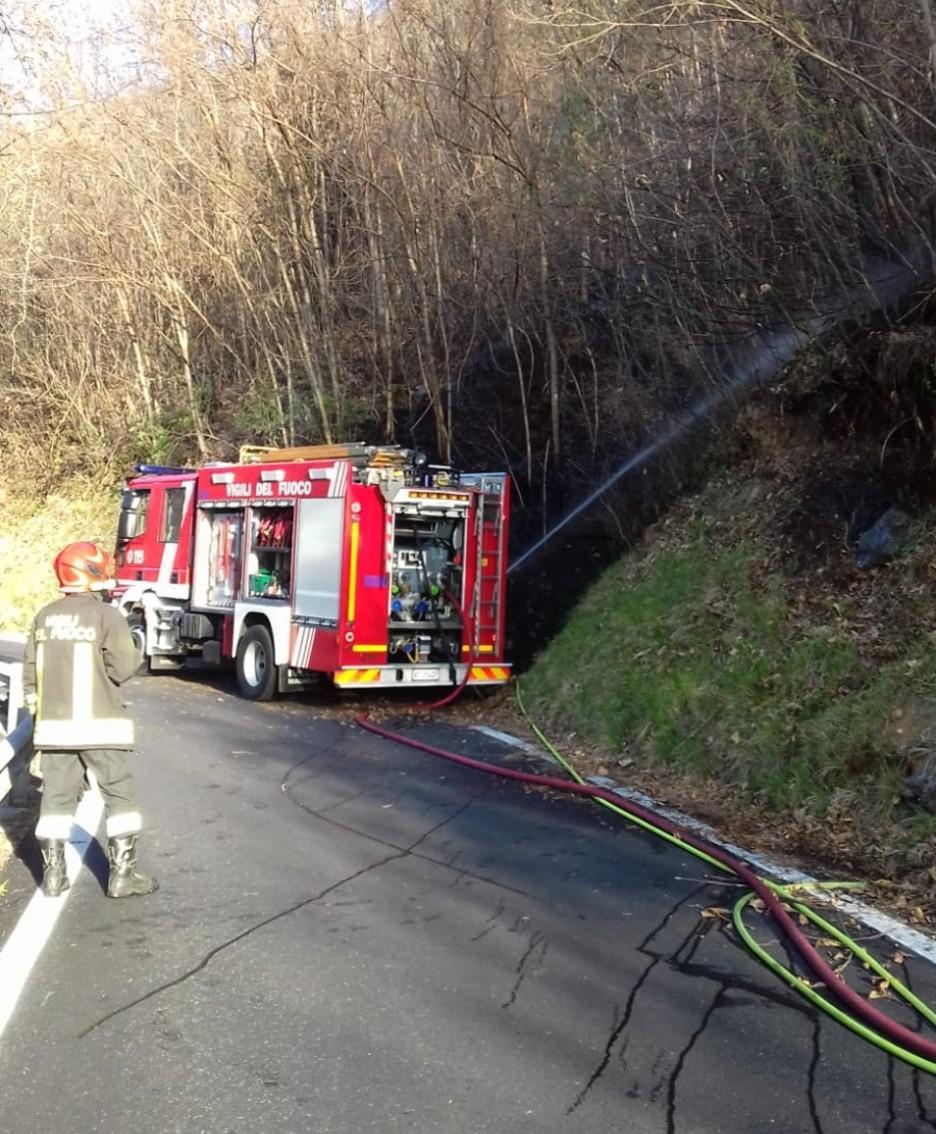 L'intervento die vigili del fuoco a Orezzo