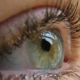 Utilizzo di laser per la cura degli occhi