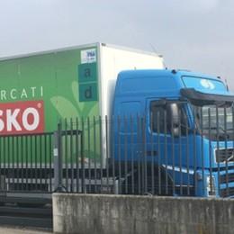 Crollo del ponte Morandi, il tir simbolo Finito a Bergamo, ora torna a Genova