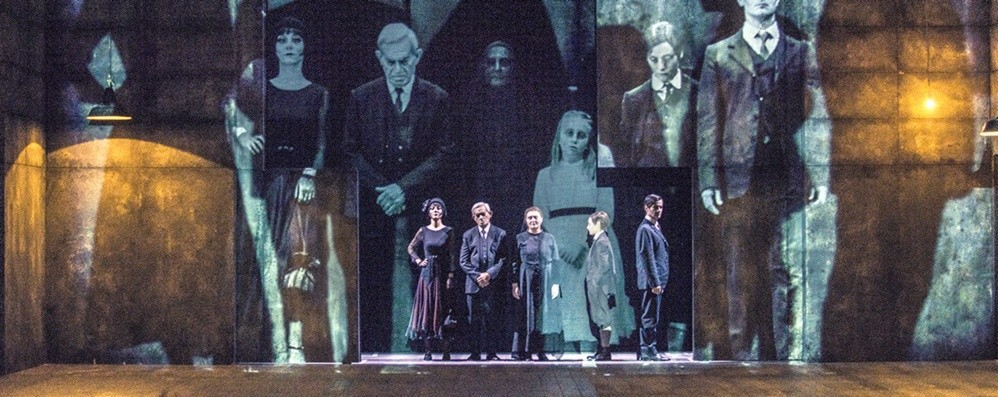 Pirandello in scena al Creberg Teatro «Sei personaggi in cerca d'autore»