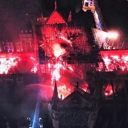 «Sotto choc. Ci ho lavorato per vent'anni» Notre Dame, il racconto di una bergamasca
