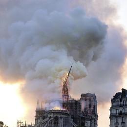 Una colletta mondiale per la ricostruzione Si attiva il mondo del lusso francese