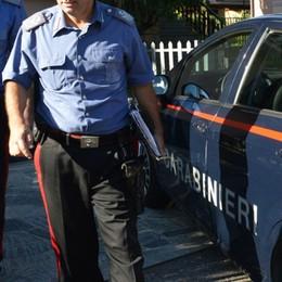 Aveva tentato di uccidere il vicino di casa Si barrica in casa ma non evita l'arresto