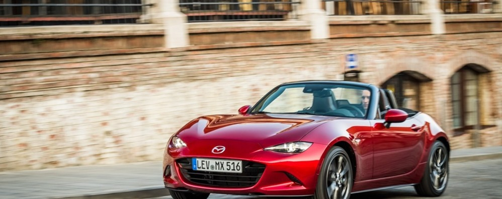 Mazda MX-5 riduce i consumi