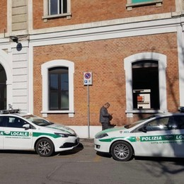 Romano, 4 ragazzini tentano una rapina Fermati dai Vigili: hanno 13 e 14 anni