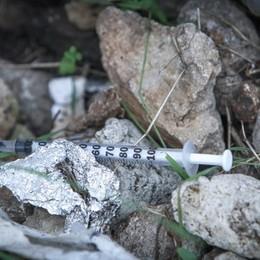 Presa coppia di spacciatori nella Bassa Scambio di dosi di eroina a Cortenuova