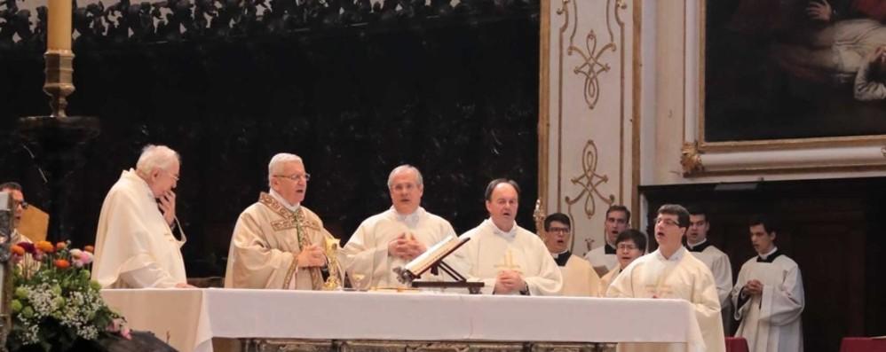 «Nelle fatiche, la forza della Pasqua» Cattedrale gremita per la Messa