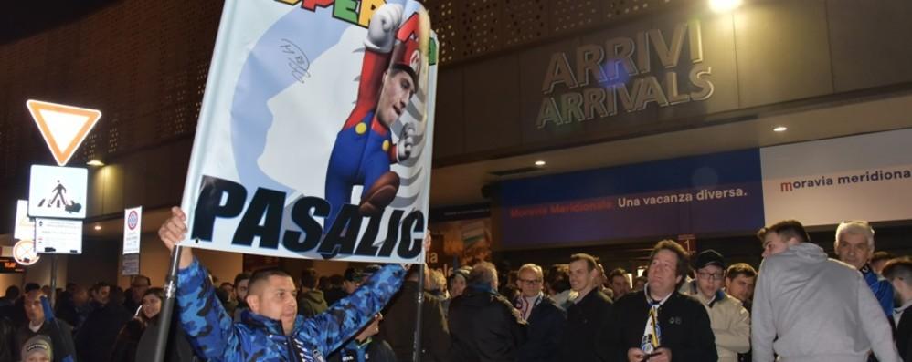 Atalanta, è qui la festa - Foto e video Tifosi a Orio per festeggiare la Dea