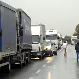 Maxi tamponamento sull'Asse Traffico in tilt tra Seriate e Bergamo