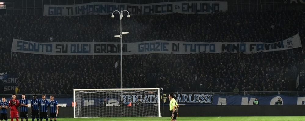«Seduto su quei gradini, grazie di tutto» Bergamo ricorda Mino Favini allo stadio