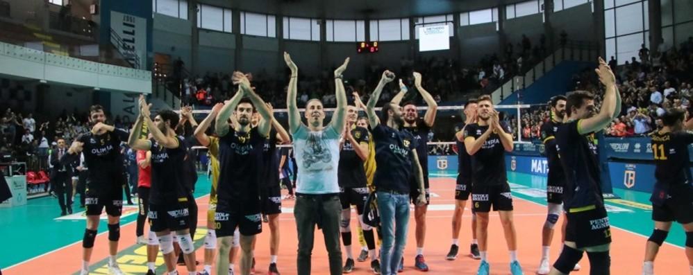 Volley, l'Olimpia vola in finale playoff La vittoria in cinque set sul Cantù