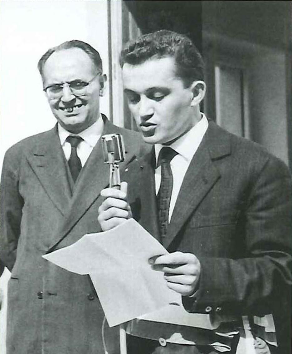 Un giobvanissimo Piero Busi con il senatore Giovanni Battista Scaglia