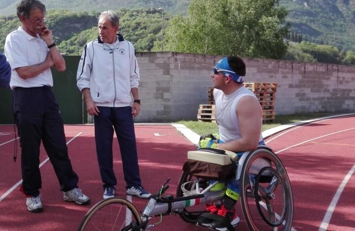 Angelo Martinoli (primo a  sinistra), tecnico di Giuseppe, con il ct Mario Poletti