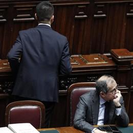 Il «salvo intese» che blocca l'Italia
