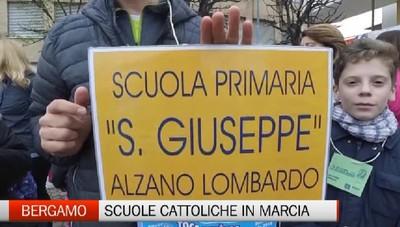 Bergamo - In tanti alla camminata delle scuole cattoliche