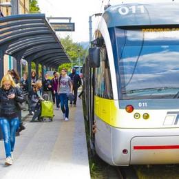 Auguri Teb, il tram compie 10 anni  Festeggia con 33,5 milioni di passeggeri