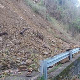 Frana di Gerosa, una settimana di lavori Cadono ancora massi. Riapre Blello - Foto