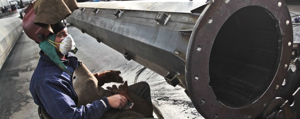 Saldatori e carpentieri cercansi Gualini chiede aiuto a Livorno