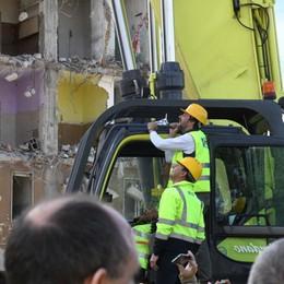 La visita a Zingonia - Foto e video Sul cantiere per la demolizione delle Torri