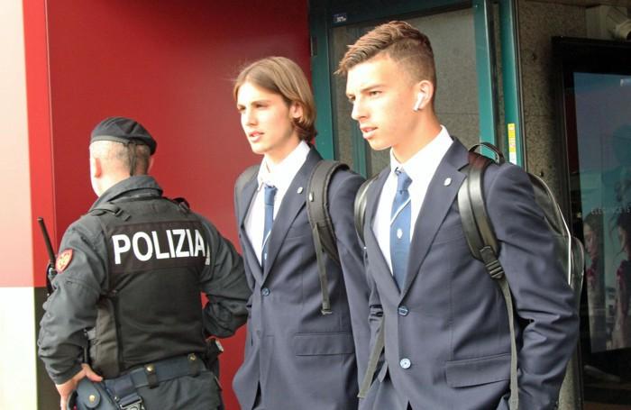 I calciatori dell'Atalanta all'arrivo all'aeroporto di Fiumicino